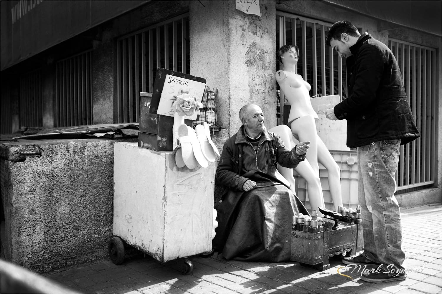 Street photograph in Istanbul