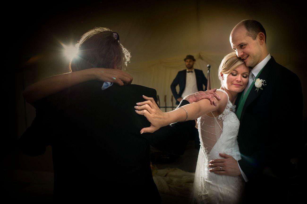 documentary-wedding-photographer-16