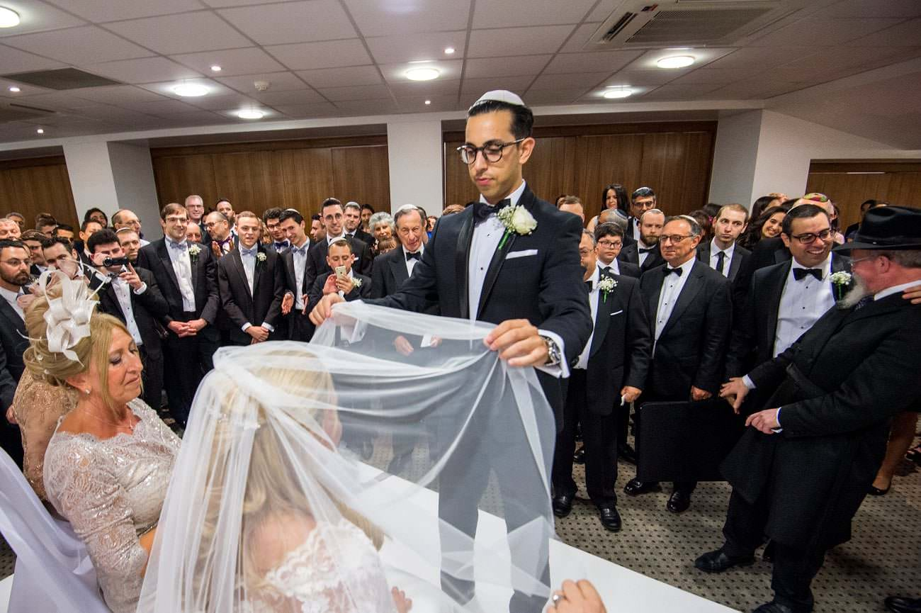 Kinloss Synagogue Wedding -Hope and Daniel 9