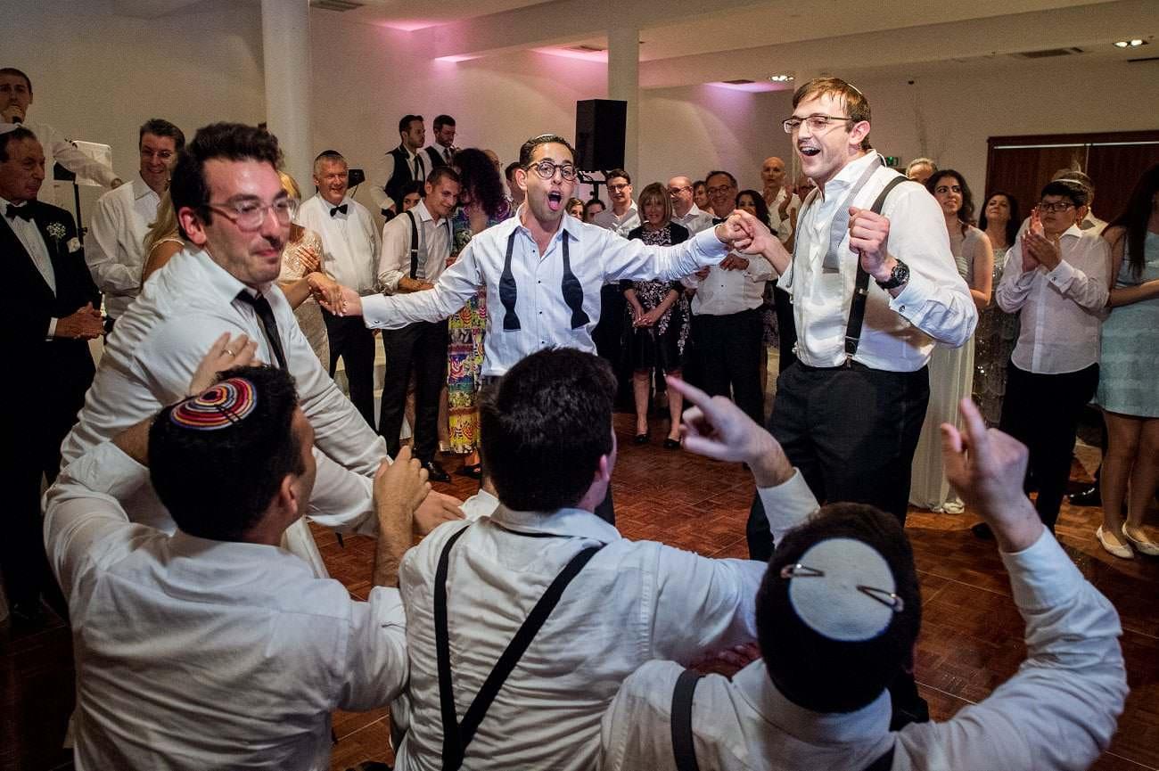 Kinloss Synagogue Wedding -Hope and Daniel 16