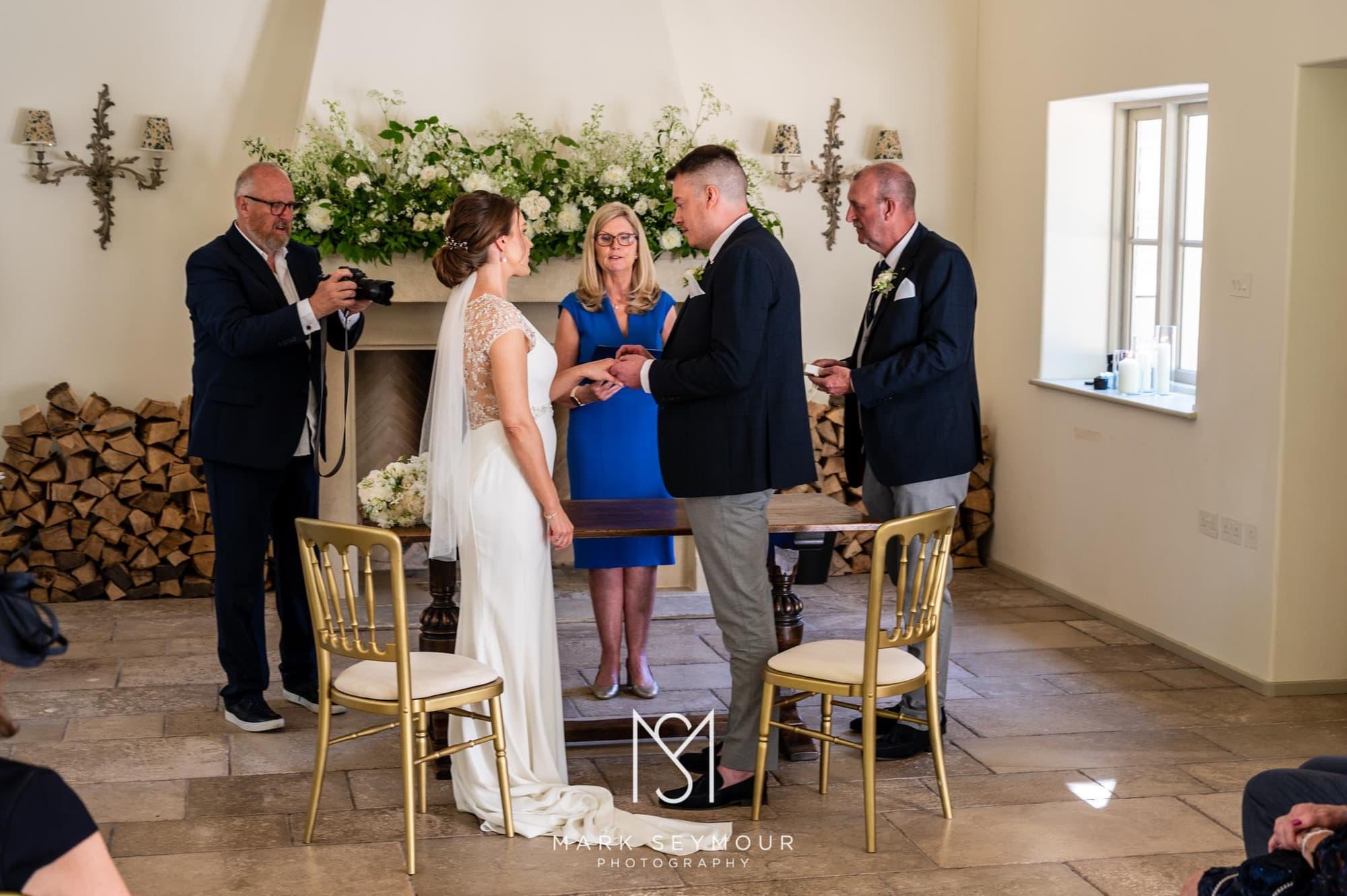 Hampden House Wedding Photography - Hannah and Lee's wedding. 2