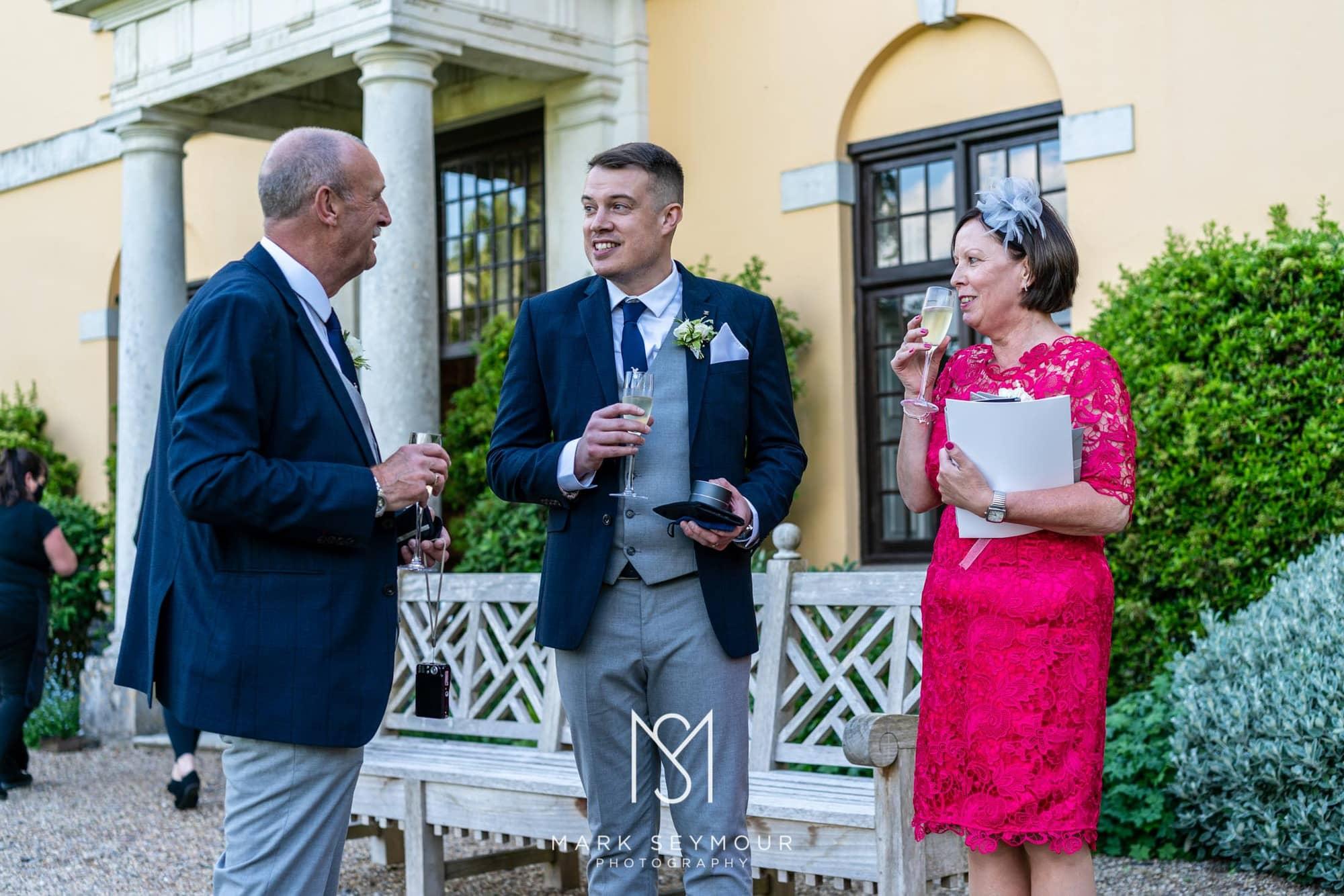 Hampden House Wedding Photography - Hannah and Lee's wedding. 13
