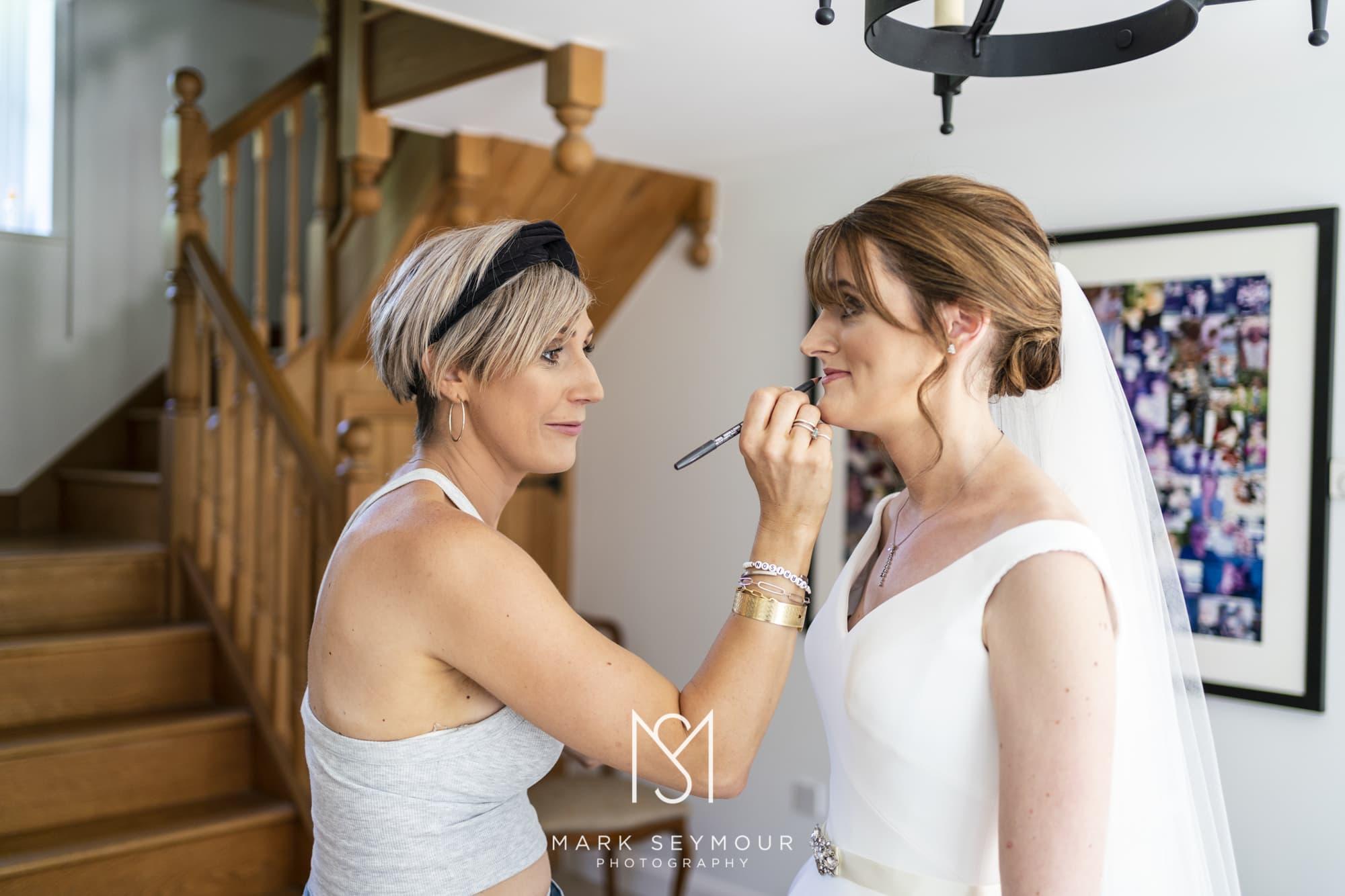 Barnsley House Wedding Photographer - Olivia and James' wedding 3