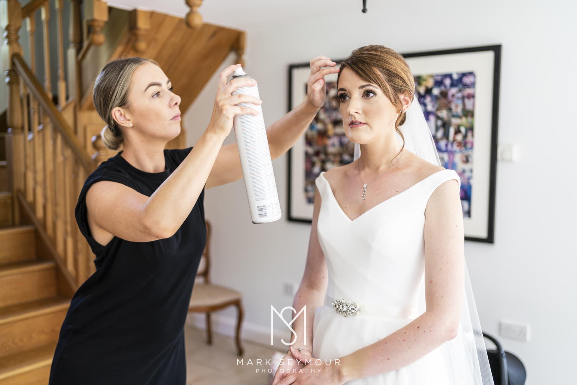 Barnsley House Wedding Photographer - Olivia and James' wedding 4