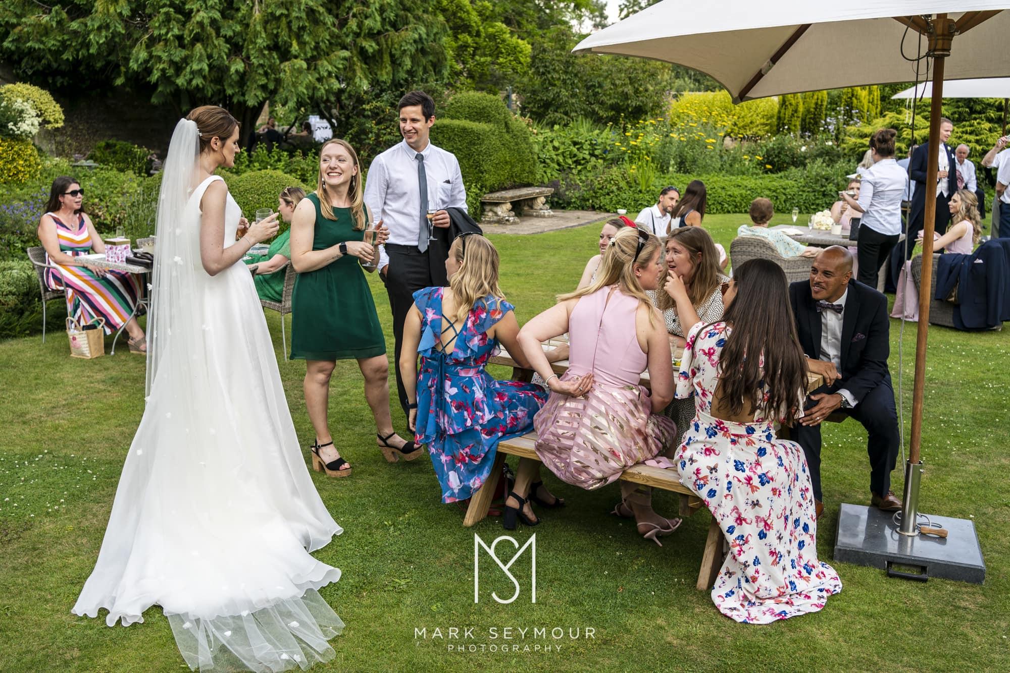 Barnsley House Wedding Photographer - Olivia and James' wedding 14
