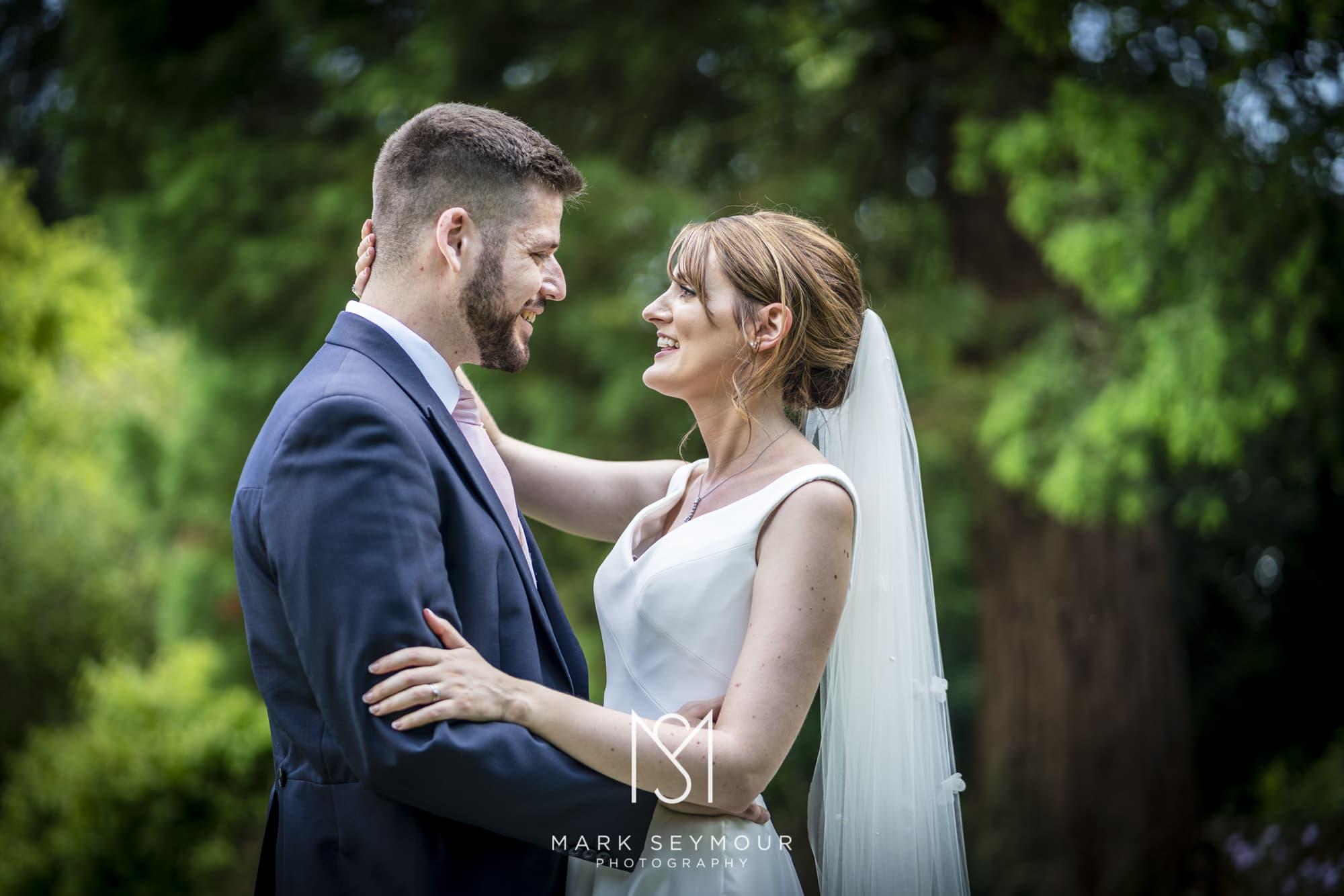 Barnsley House Wedding Photographer - Olivia and James' wedding 19