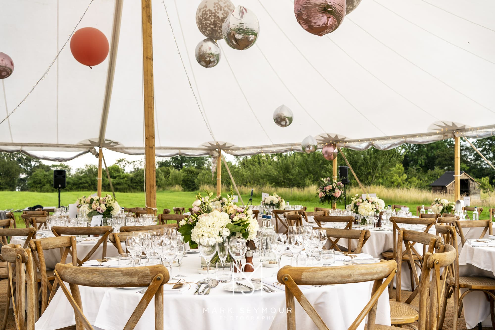 Barnsley House Wedding Photographer - Olivia and James' wedding 20