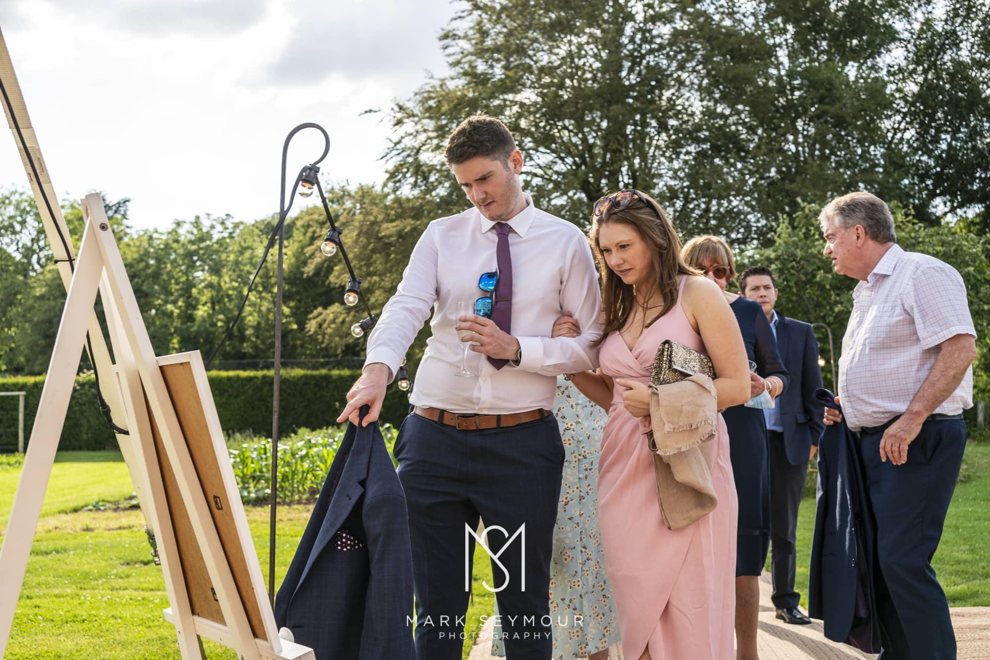 Barnsley House Wedding Photographer - Olivia and James' wedding 22