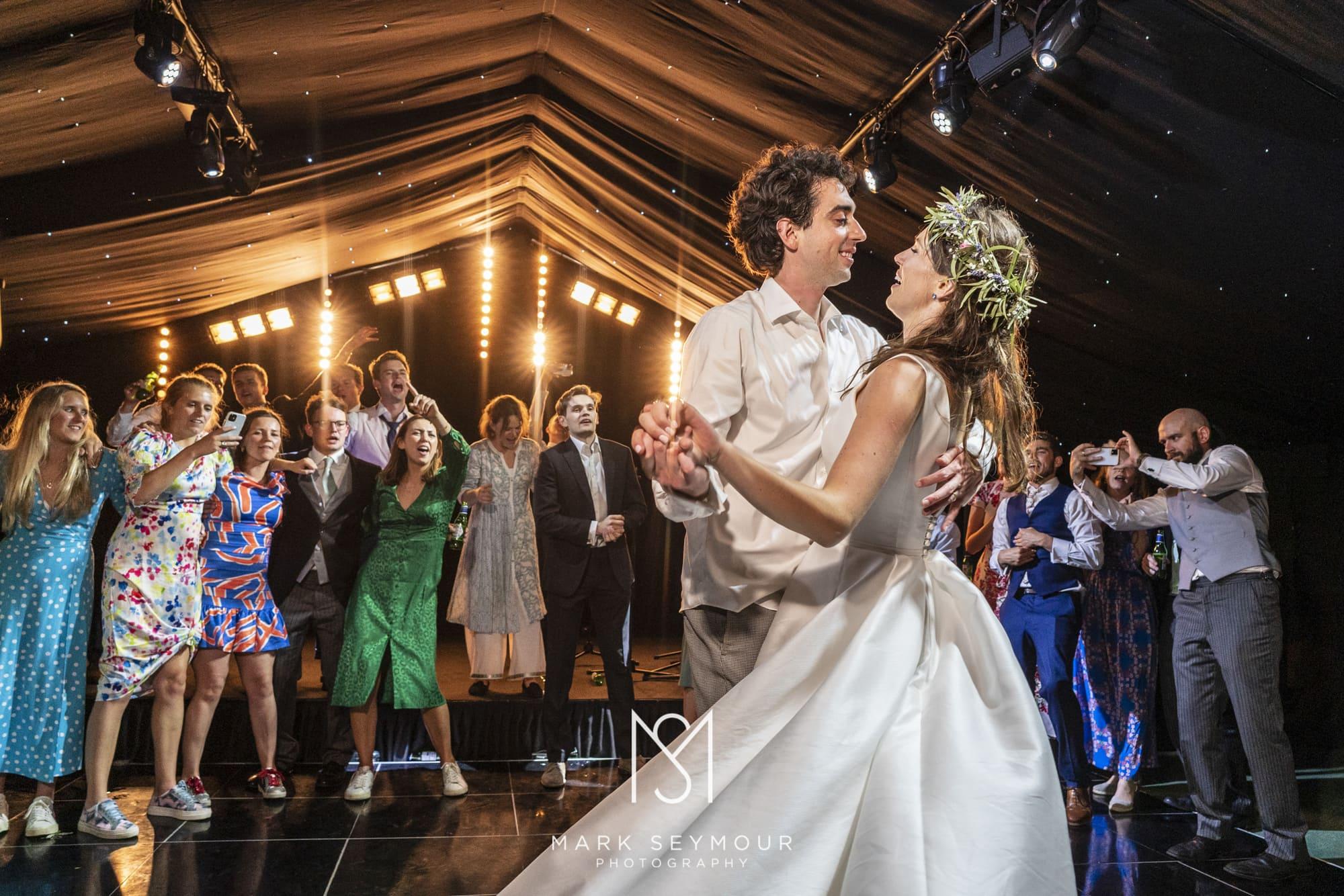 bride and groom on Dancefloor